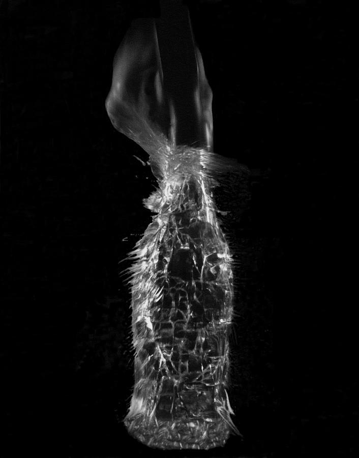 B&w Photograph - Breaking Glass by Alfredo Martinez