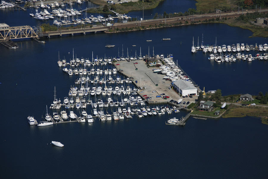 America Photograph - Brewer Yacht Yard, Mystic by Dave Cleaveland