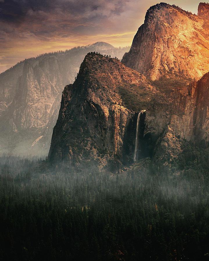 Landscape Photograph - Bridalveil Fall, Yosemite by David George