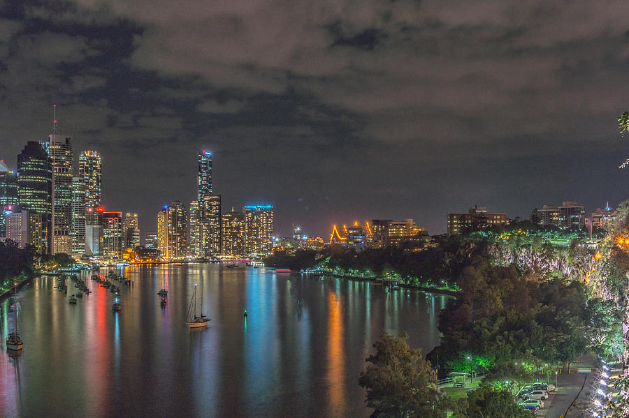 Brisbane Cliffs by Peter Lombard