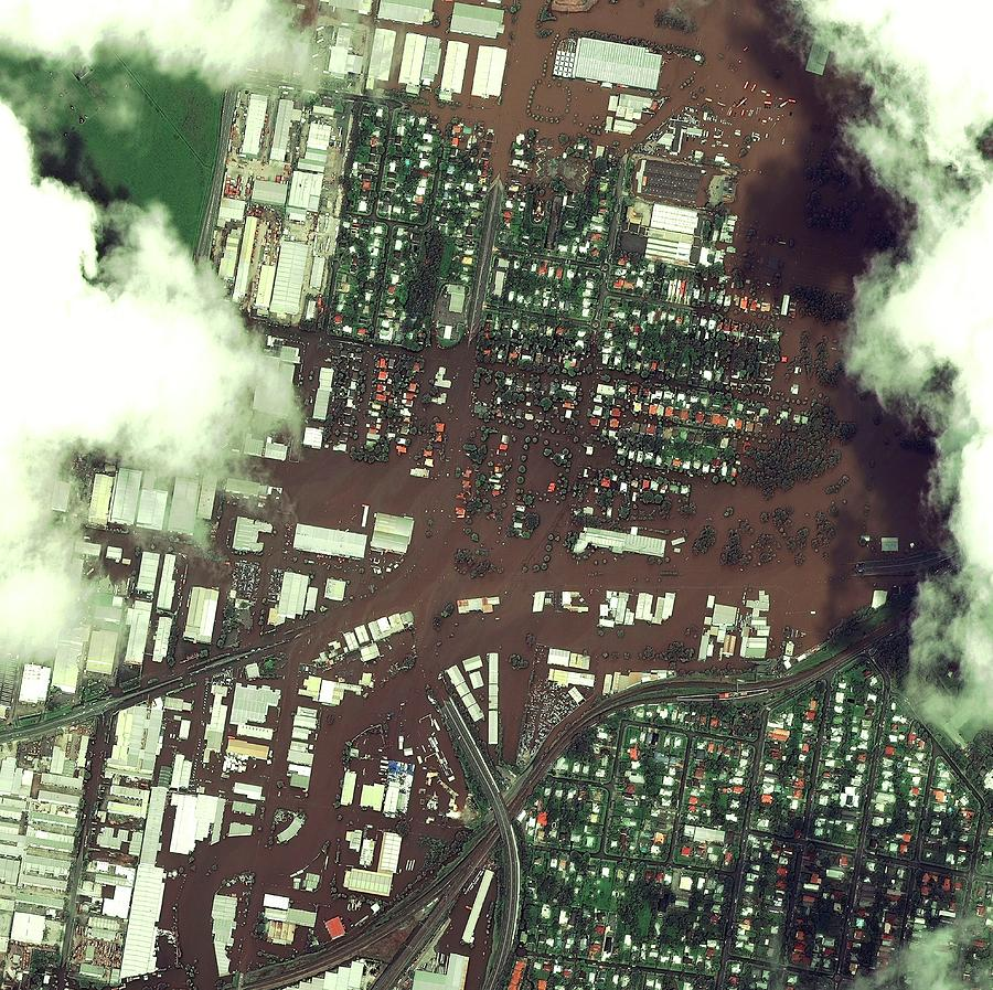 Flood Photograph - Brisbane Floods by Digital Globe