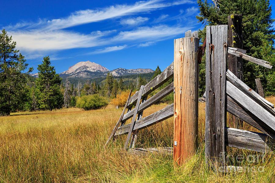 broken fence warning announcement - photo #8