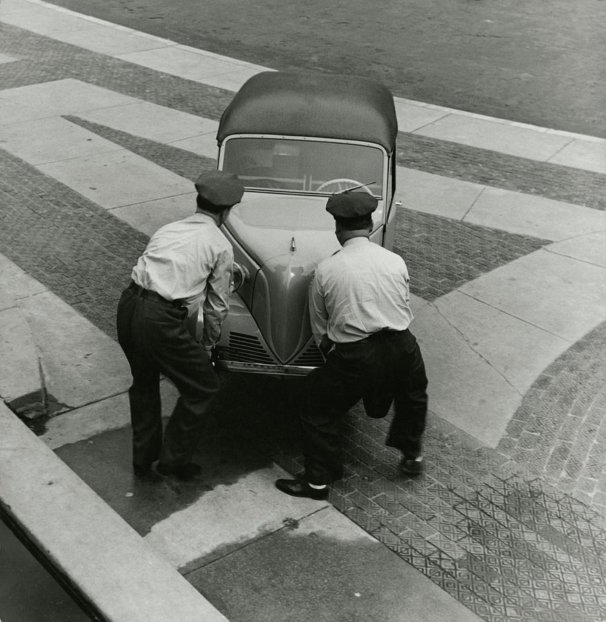 Bronx Zoo Workers With A Car Photograph by Toni Frissell