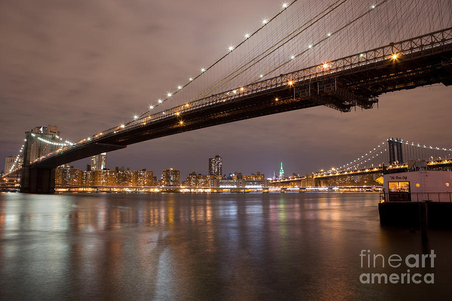Brooklyn Bridge Lights by Leslie Leda