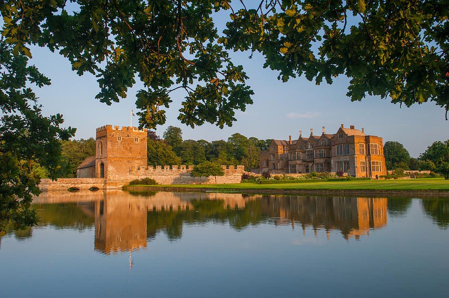 Banbury Photograph - Broughton Castle by David Ross