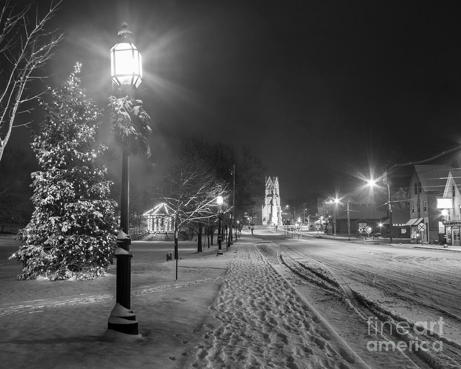 Black And White Photograph - Brunswick Maine by Benjamin Williamson