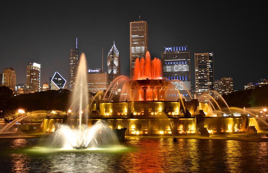 Exploding Doughnut Chicagos Millennium Park at Night!