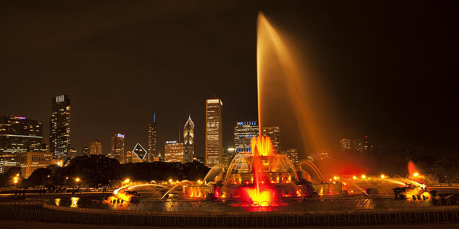 Chicago Photograph - Buckingham Fountain Panorama by Andrew Soundarajan