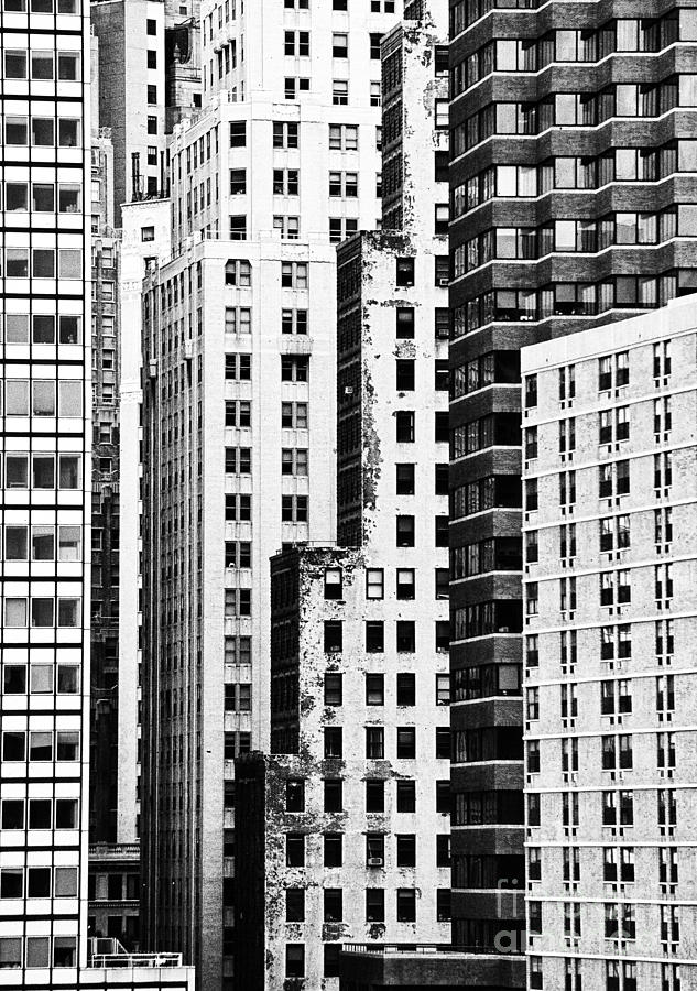 Black And White Photograph - Buildings Bw by Bruce Bain