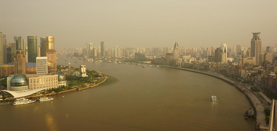 Bund In Shanghai Photograph by Huang Xin