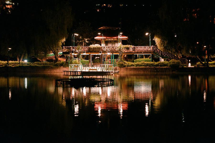 Park Photograph - Burnham Park At Night by Joel Panida