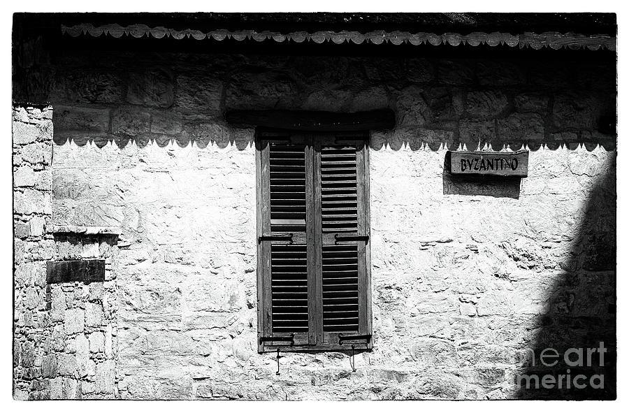 Byzantino Photograph - Byzantino by John Rizzuto