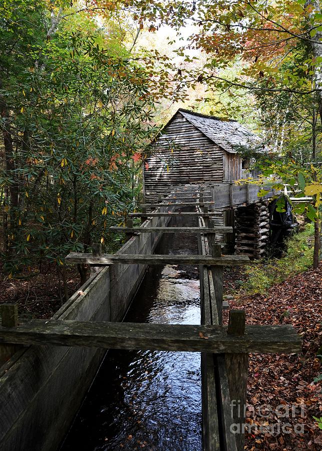 Grist Mills Photograph - Cable Grist Mill 3 by Mel Steinhauer