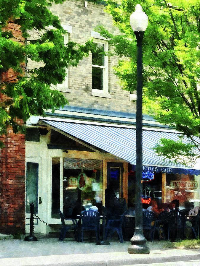 Albany Photograph - Cafe Albany Ny by Susan Savad