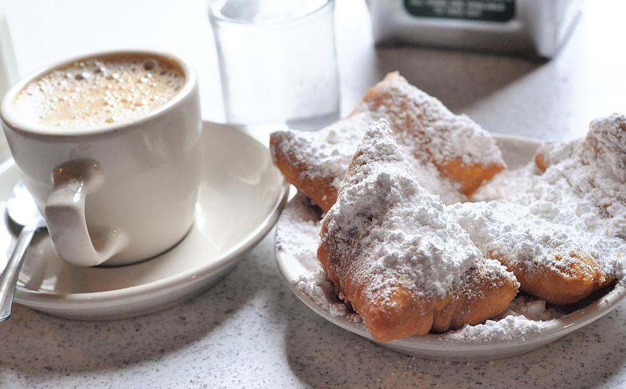 Cafe Du Monde Photograph - Cafe Du Monde by Steve Archbold