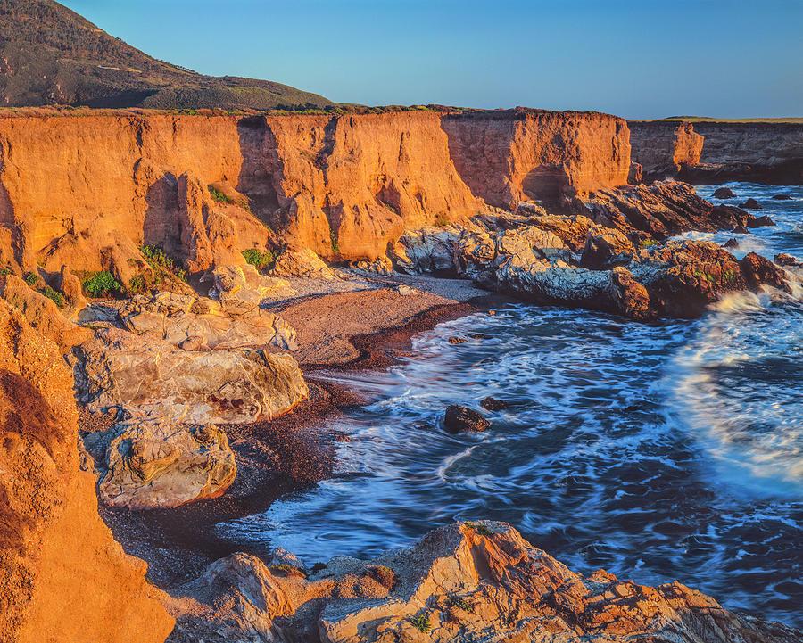 California Coastline At Montana De Oro Photograph by Ron thomas