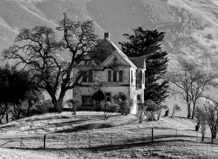 House Photograph - California Gothic by Kandy Hurley