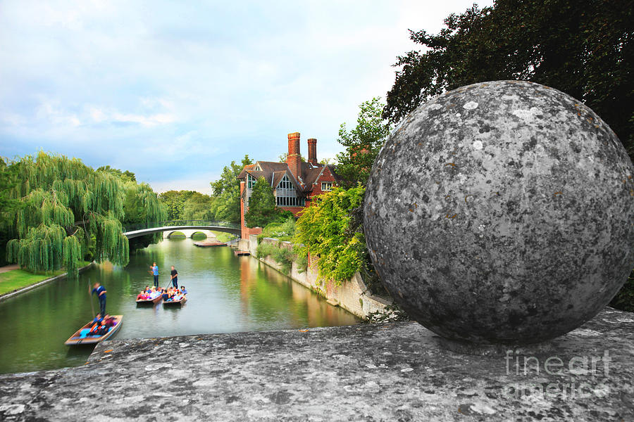 Punting in Cambridge by Eden Baed