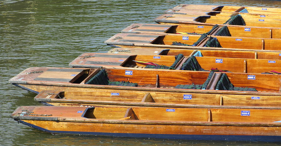 Punts Photograph - Cambridge Punts by Donald Turner