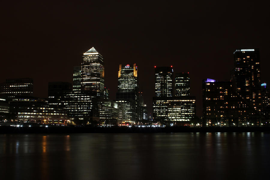 London Skyline Photograph - Canary Wharf Skyline by Dan Davidson