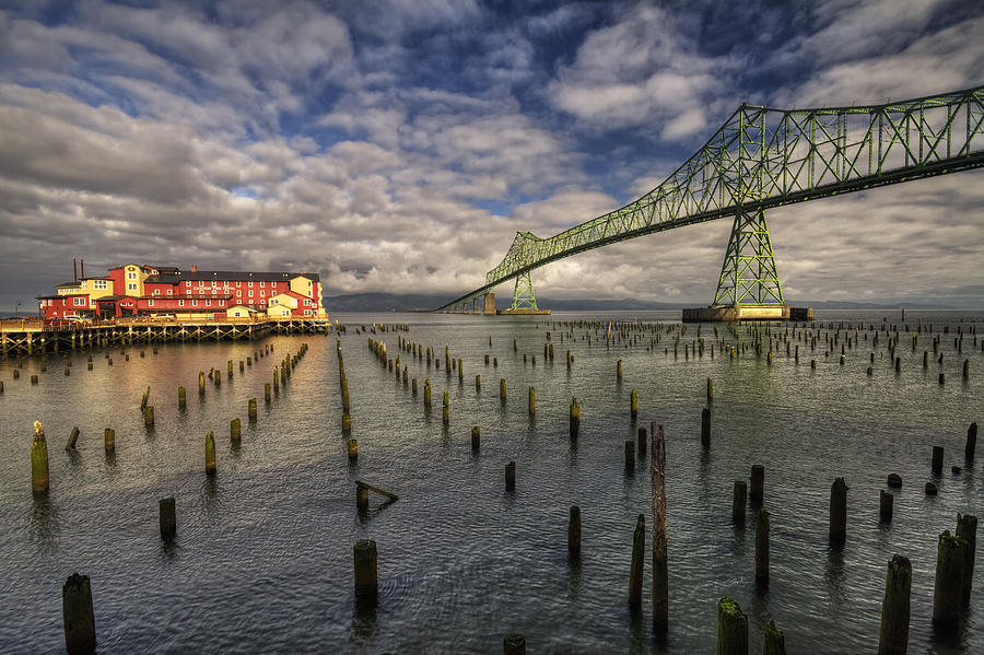 cannery pier hotel and astoria bridge photograph by mark kiver. Black Bedroom Furniture Sets. Home Design Ideas