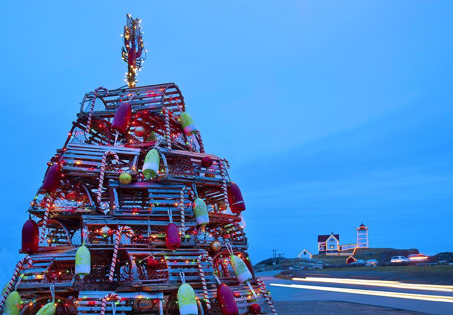 Maine Photograph - Cape Neddick Lighthouse Christmas by Randy Duchaine