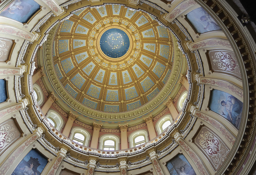 Capitol Dome, Lansing Michigan Photograph by RiverNorthPhotography