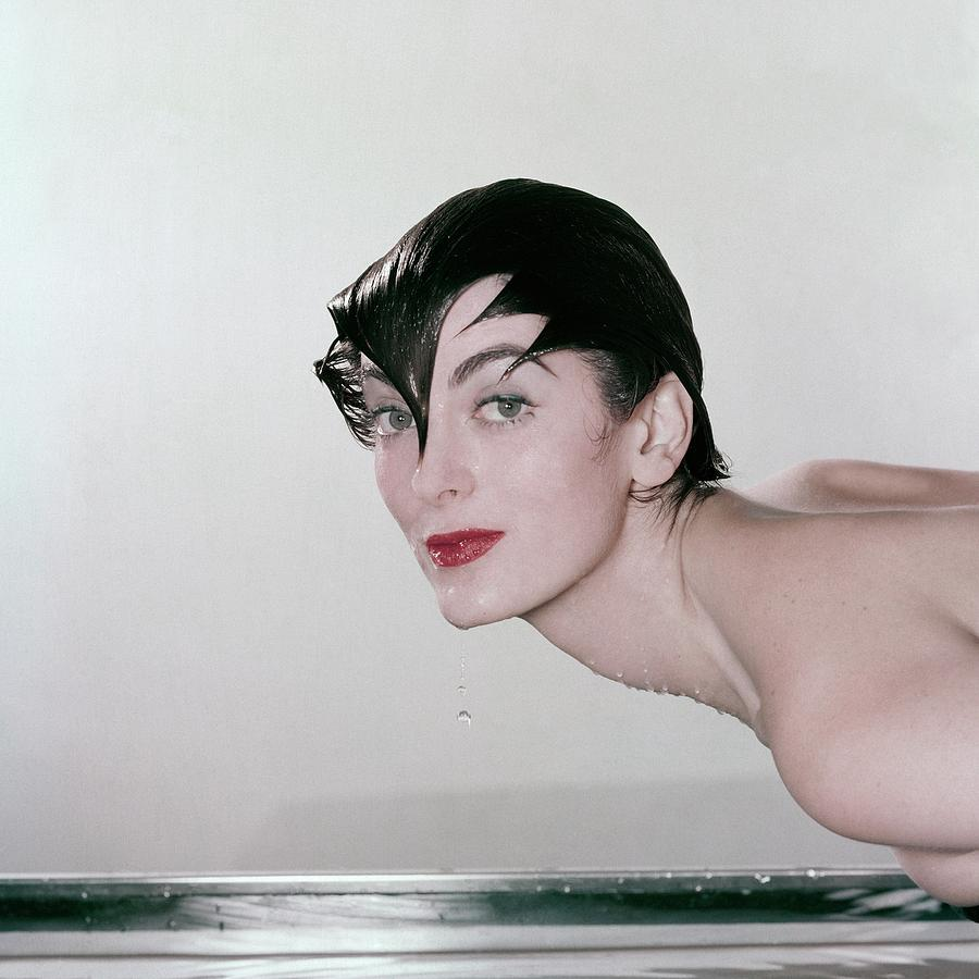 Carmen Dellorefice Demonstrating Waterproof Photograph by John Rawlings