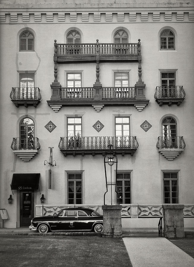 Black And White Photograph - Casa Monica by Mario Celzner