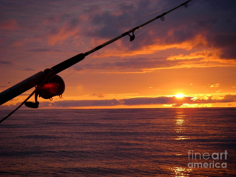 Sunset Photograph - Catching A Last Glimpse Of The Sunset. by Sylvie Heasman