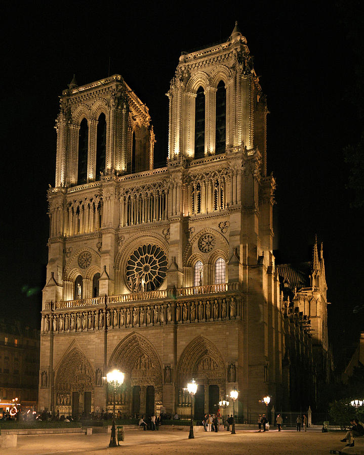 Paris Photographs Photograph - Cathedral Of Notre Dam by Gary Lobdell
