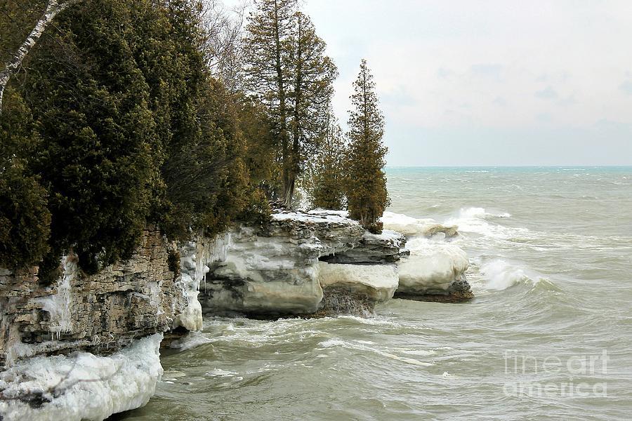Door County Photograph - Cave Point Wisconsin in Winter by Nikki Vig