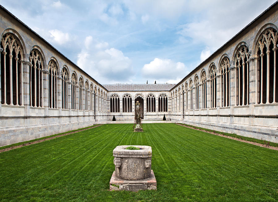 Italy Photograph - Cemetery At Cathedral Square In Pisa Italy by Susan Schmitz