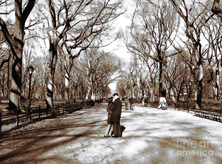 People Photograph - Central Park Kiss by John Rizzuto