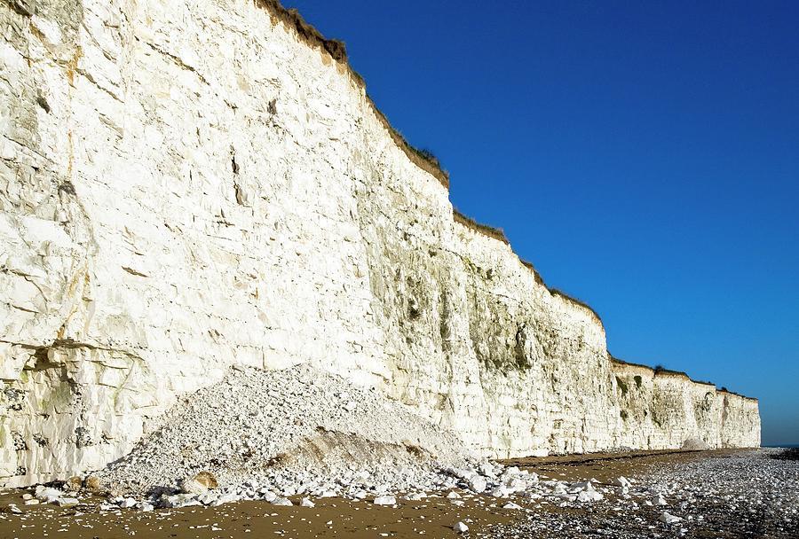 Cliff Photograph - Chalk Cliffs by Carlos Dominguez