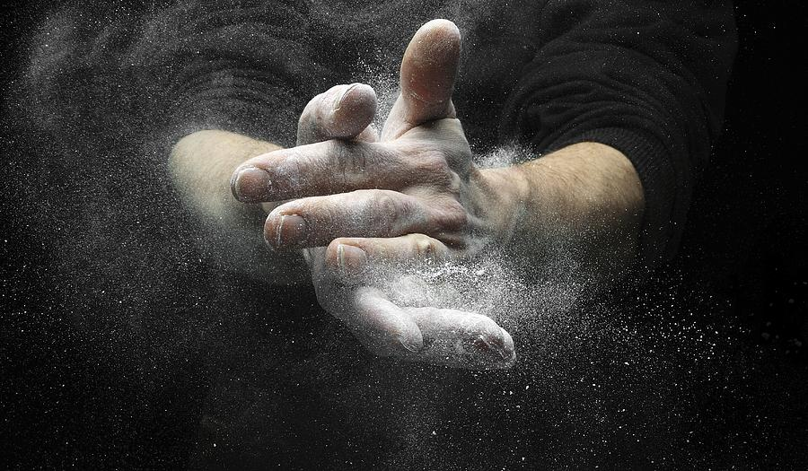 Magnesium Carbonate Photograph - Chalked Hands, High-speed Photograph by Science Photo Library