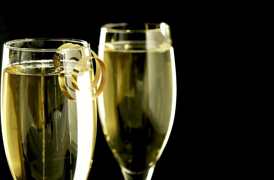 Champagne Photograph - Champagne by Karin Hildebrand Lau