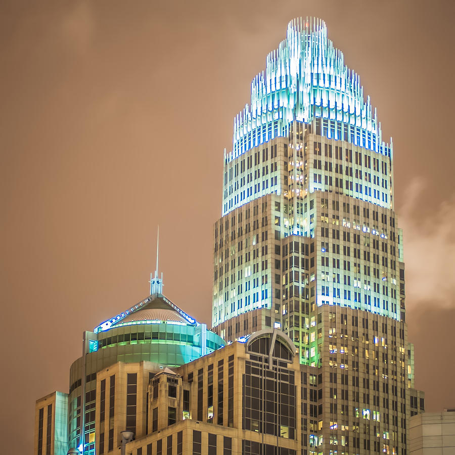 a personal account of the christmas atmosphere in uptown charlotte north carolina