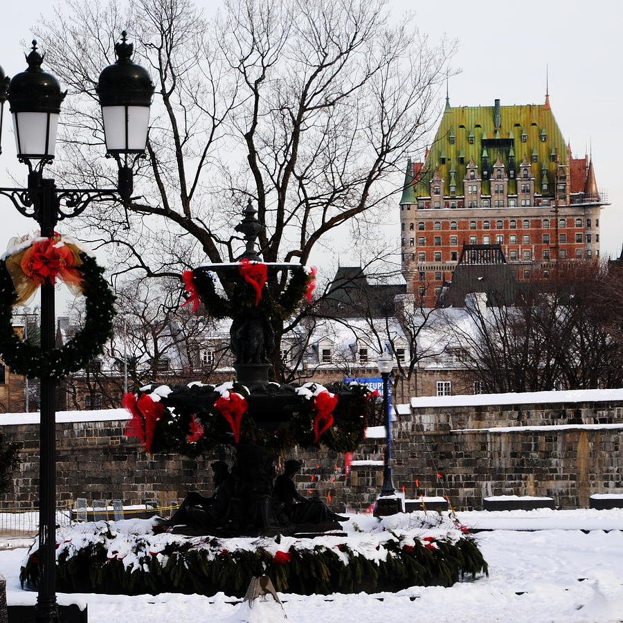 Chateau Frontenac Photograph - Chateau Frontenac - Holiday by Jacqueline M Lewis