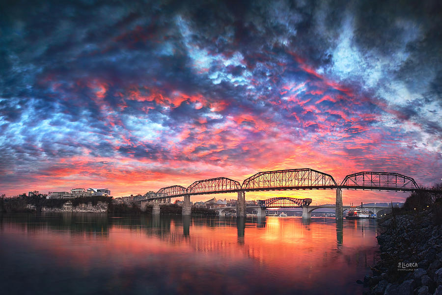 Chattanooga Photograph - Chattanooga Sunset 4 by Steven Llorca