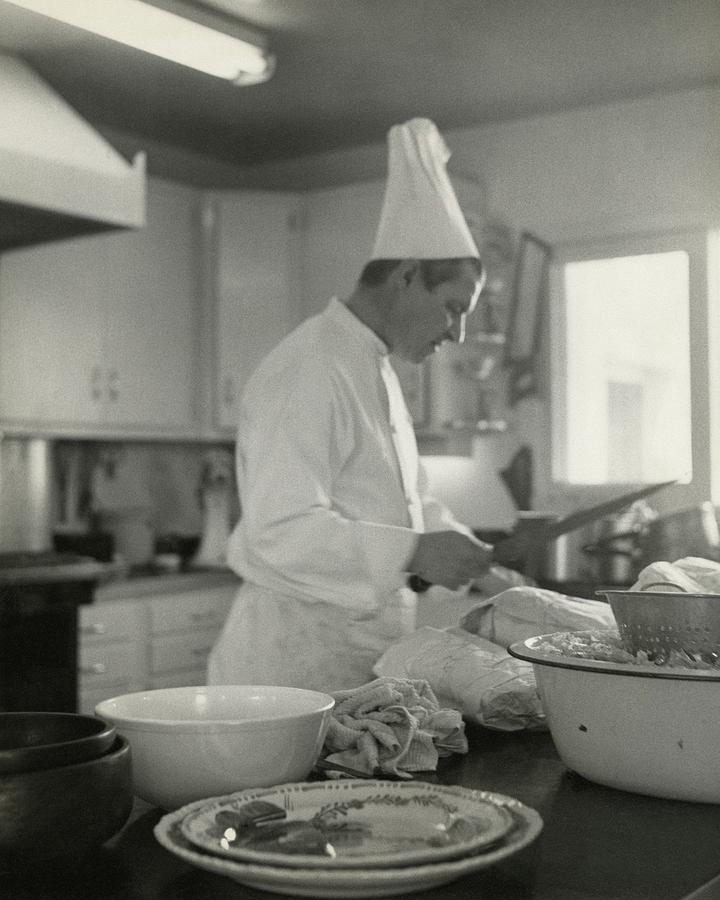 Chef Cooking At Elizabeth Ardens Maine Chance Photograph by Karen Radkai