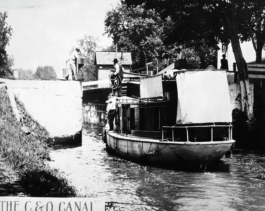 1912 Photograph - Chesapeake And Ohio Canal by Granger