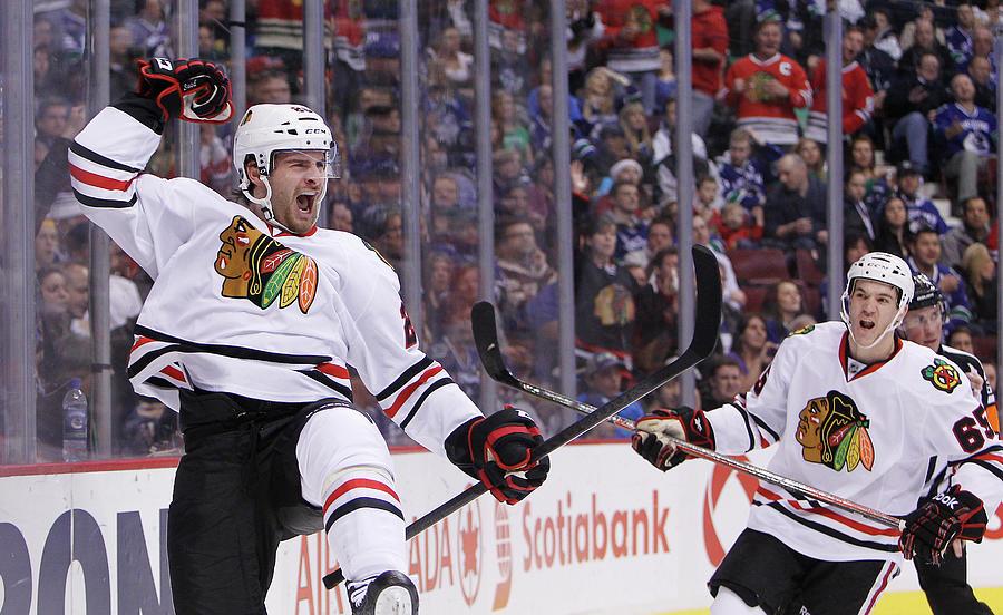 Chicago Blackhawks V Vancouver Canucks Photograph by Ben Nelms