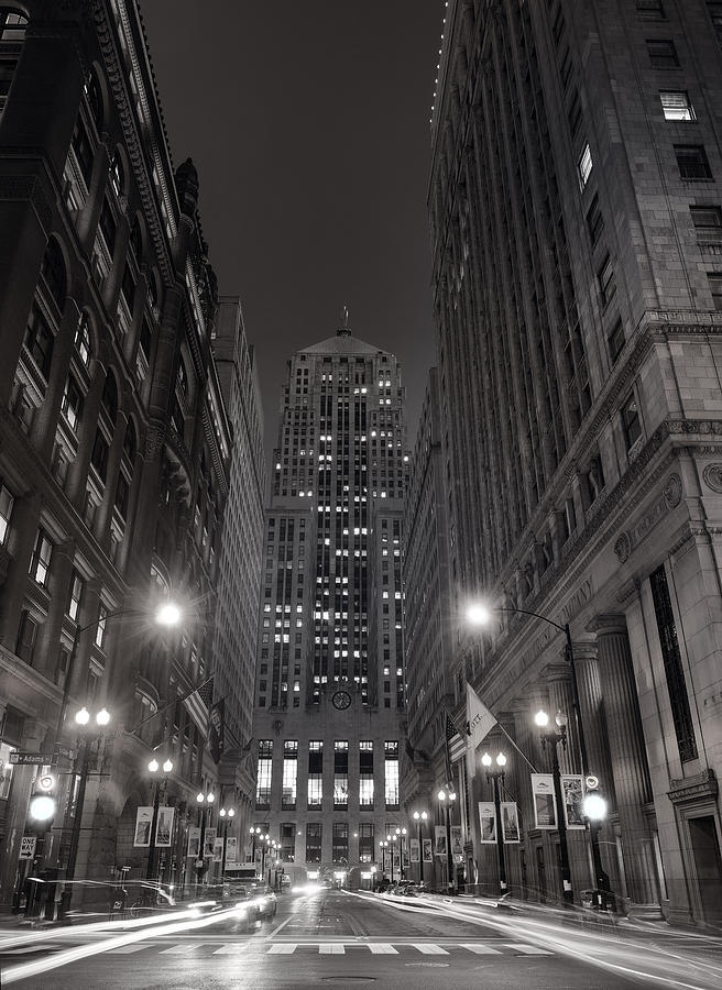 Chicago Photograph - Chicago Board Of Trade B W by Steve Gadomski