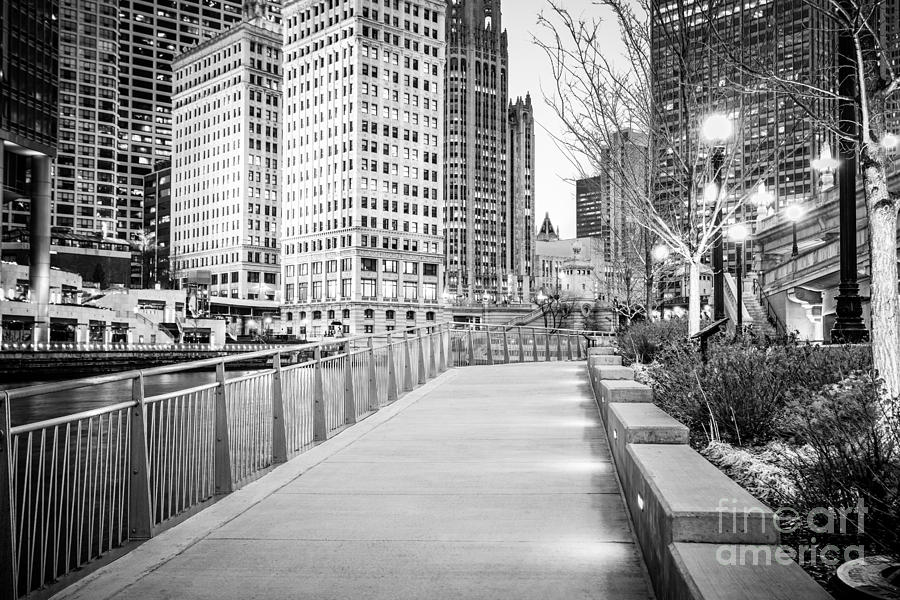 America Photograph - Chicago Downtown City Riverwalk by Paul Velgos