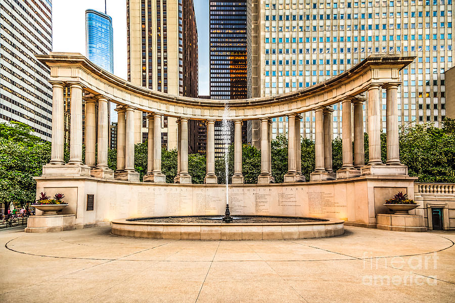 America Photograph - Chicago Millennium Monument In Wrigley Square by Paul Velgos