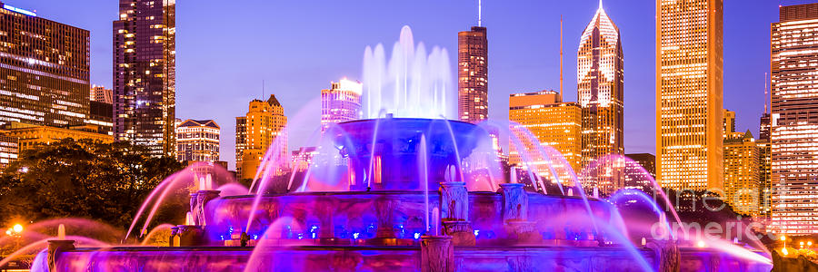 Buckingham Photograph - Chicago Panoramic Picture With Buckingham Fountain  by Paul Velgos