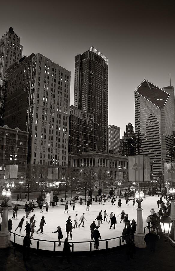 Chicago Photograph - Chicago Park Skate Bw by Steve Gadomski