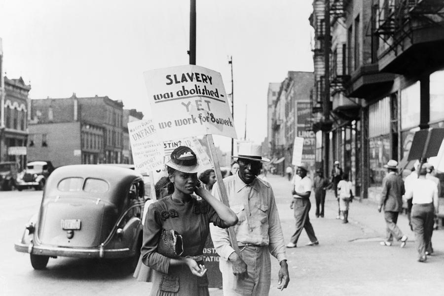 1941 Photograph - Chicago Protest, 1941 by Granger