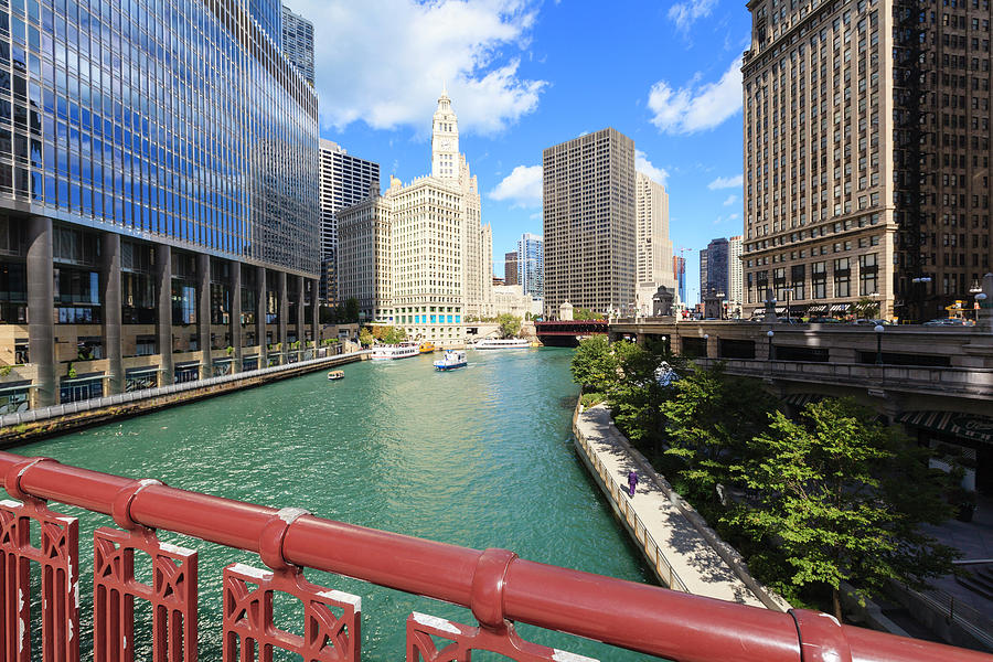 Chicago River, Chicago Photograph by Fraser Hall